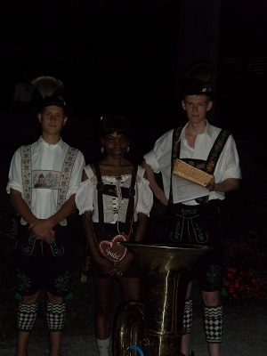 I and two young Bavarians